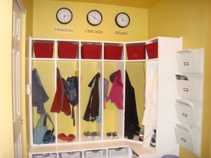 Storage Star ~ Organizing the mudroom -