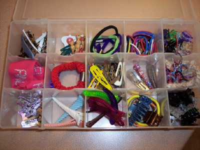 Коробка для хранения заколок и резинок