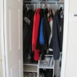 Thin hangers can double your closet space – video