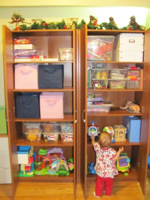 my 1 secret for keeping toys organized
