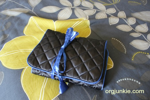 A Simple Inexpensive Travel Jewelry Organizer