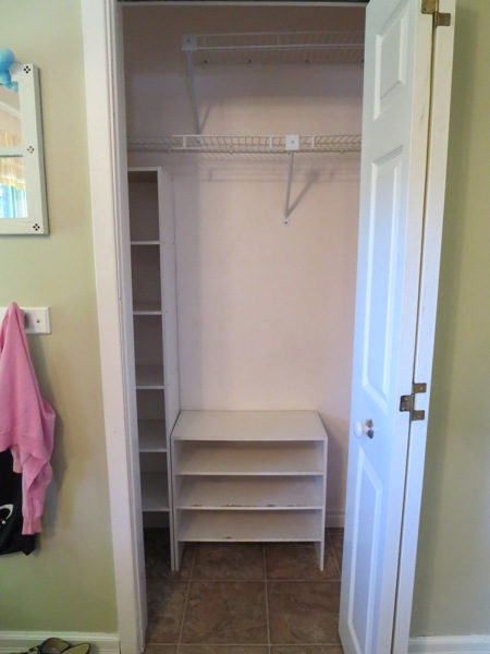 Foyer Closet For Garments : Organizing a small entryway closet day