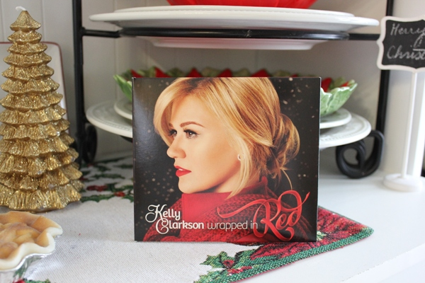 Kelly Clarkson Christmas CD