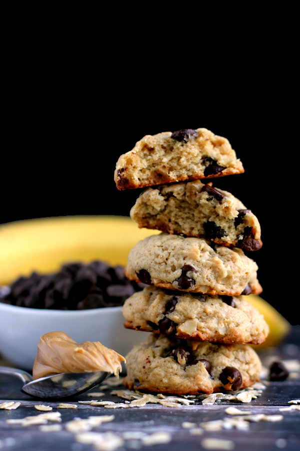 peanut butter chocolate chip banana oatmeal cookies