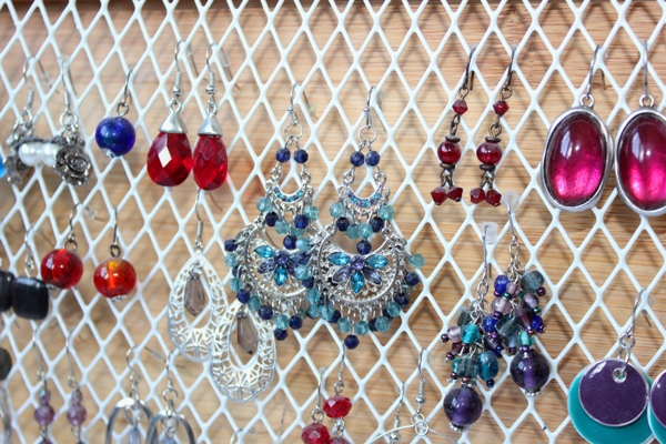 DIY Hook Earring Organizer 2