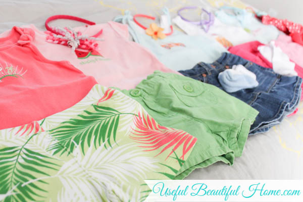 Encourage your child's indepence even on vacation with easy-to-make clothing bundles