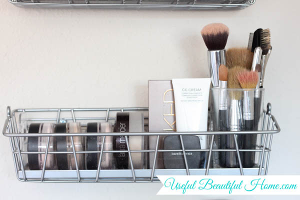 vertical makeup organization