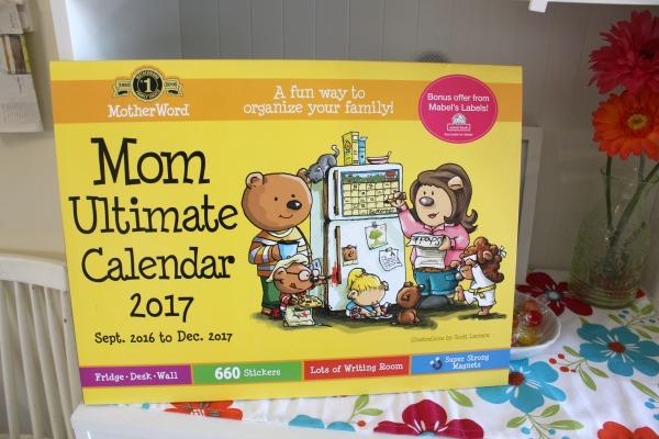 moms family wall calendar 2017