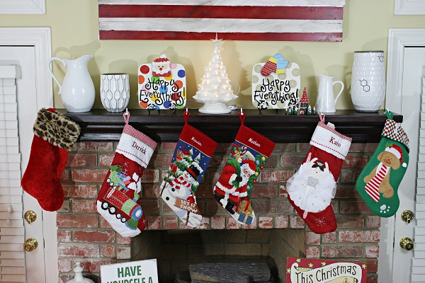 christmas-mantel-2014-2